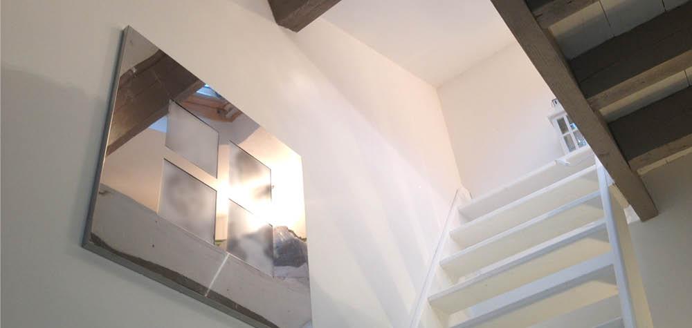 White-creation-decoration- création accès mezzanine